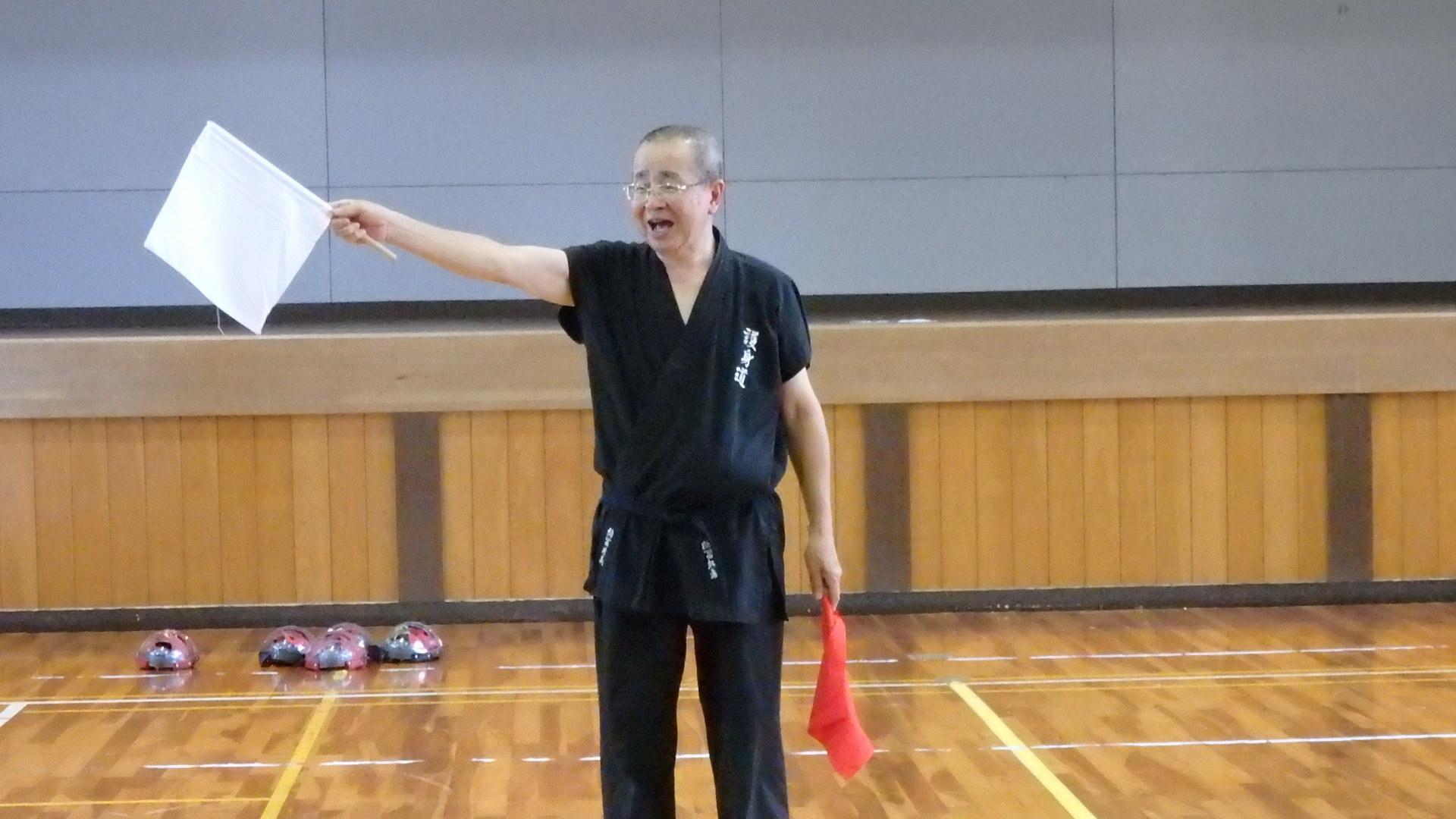 勇ましい剣士誕生!「スポーツチャンバラ + お楽しみ会」_b0239402_17021425.jpg