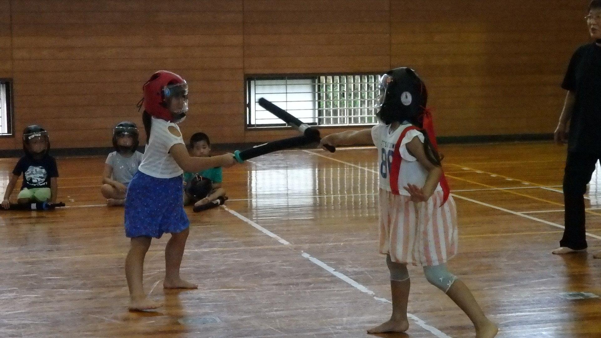 勇ましい剣士誕生!「スポーツチャンバラ + お楽しみ会」_b0239402_17025553.jpg