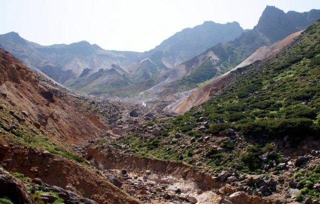 2017年7月13日(木) 富良野岳(標高1912m)~三峰山(1866m)~上富良野岳(1893m)_a0345007_19522523.jpg