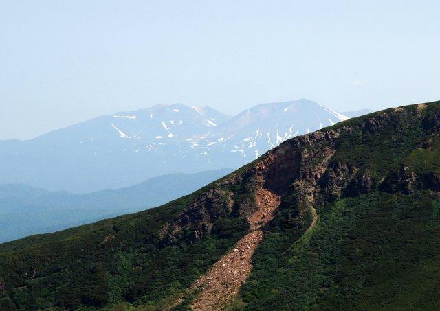 2017年7月13日(木) 富良野岳(標高1912m)~三峰山(1866m)~上富良野岳(1893m)_a0345007_202273.jpg
