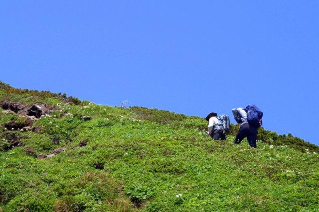 2017年7月13日(木) 富良野岳(標高1912m)~三峰山(1866m)~上富良野岳(1893m)_a0345007_2085584.jpg