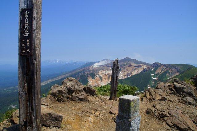 2017年7月13日(木) 富良野岳(標高1912m)~三峰山(1866m)~上富良野岳(1893m)_a0345007_2093231.jpg