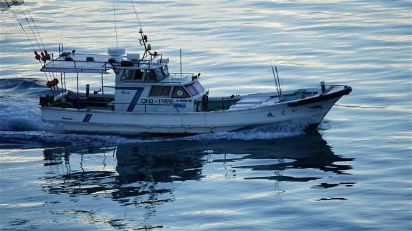 漁船_e0166355_6195751.jpg