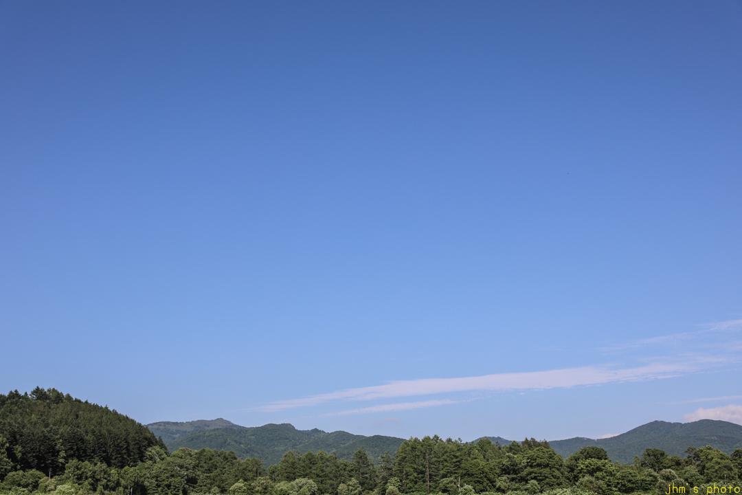 ただただ何もない「夏色の空」_a0158797_23272004.jpg