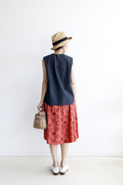 EMBROIDERY FRUIT SKIRT_f0215708_11331906.jpg