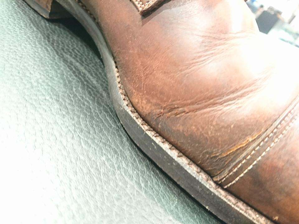 革靴のひび割れ、乾燥が原因かも・・・_b0226322_11410718.jpg