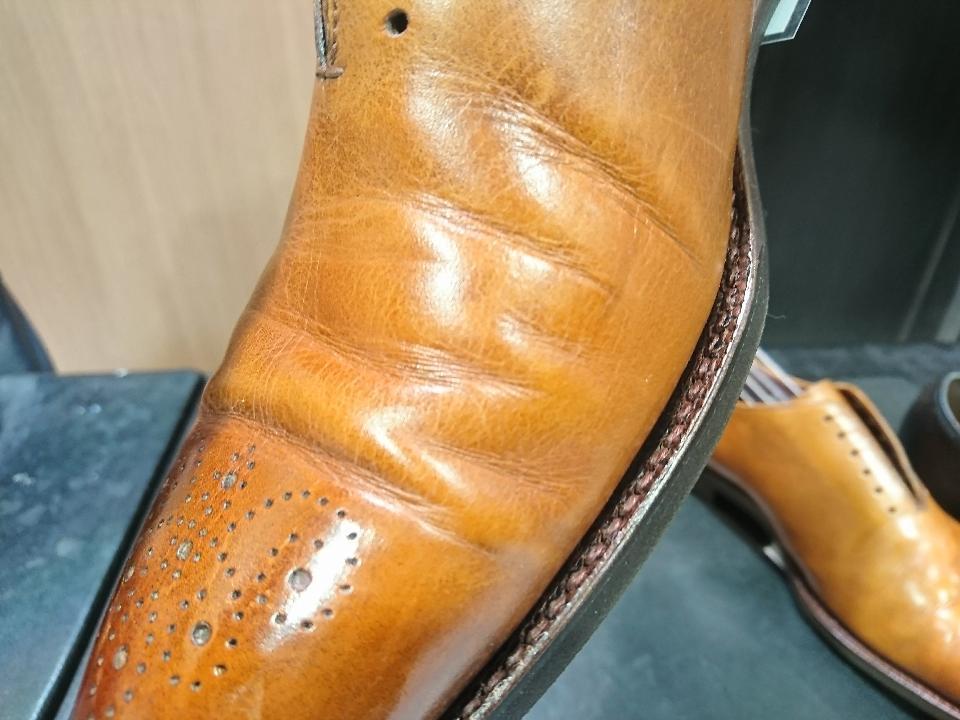 革靴のひび割れ、乾燥が原因かも・・・_b0226322_11410725.jpg