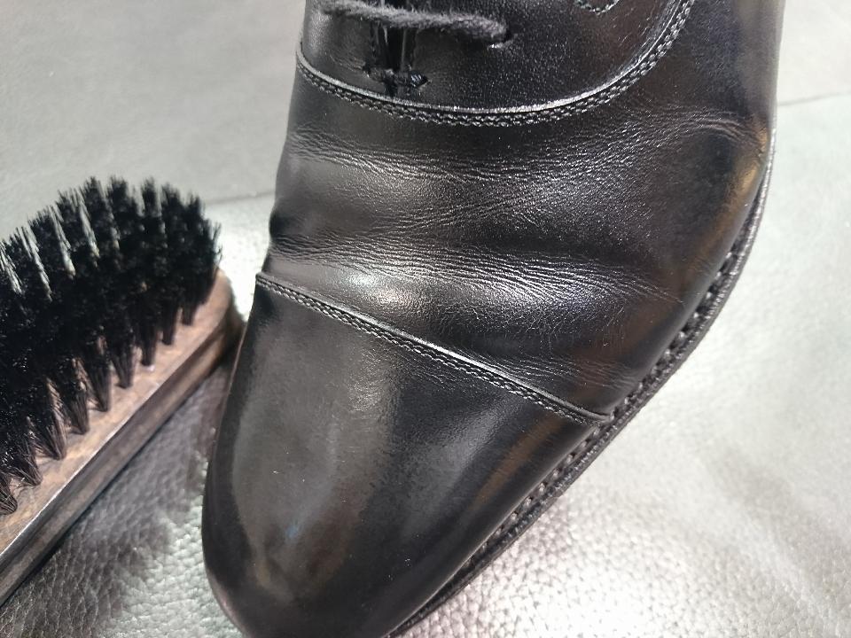 革靴のひび割れ、乾燥が原因かも・・・_b0226322_11413890.jpg