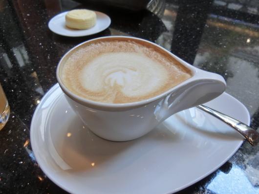 Paris パリ ♡ 2日目の朝~朝食~_e0303431_18494049.jpg