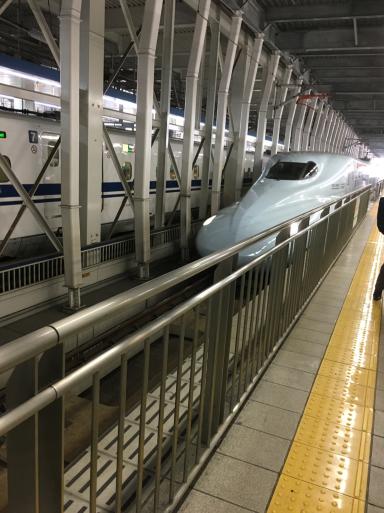 新幹線なうです_e0359436_14572258.jpg