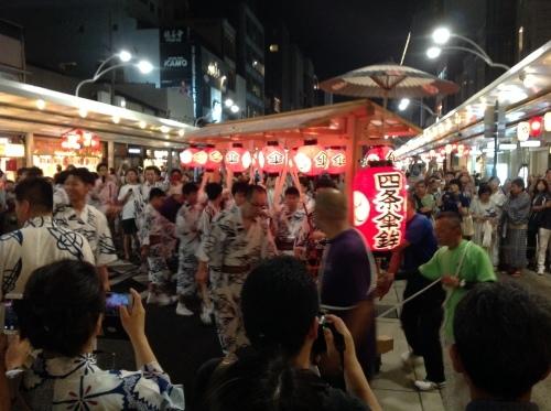 祇園祭 神楽奉納_b0153663_16010730.jpeg