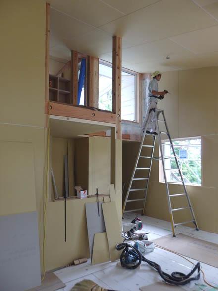 大工工事終盤の小淵沢K邸へ_b0183404_18014425.jpg