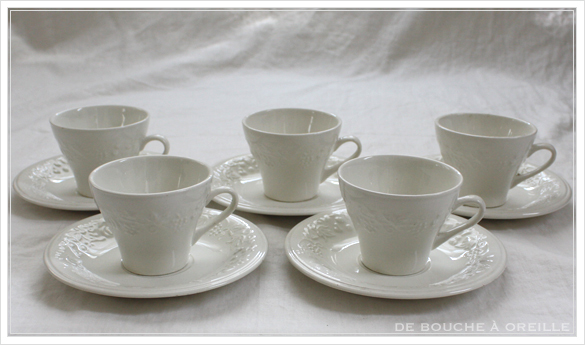 tasse et soucoupe anncienne サルグミンヌのカップ&ソーサー Sarreguemines フランスアンティーク_d0184921_18144647.jpg