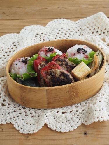 赤ピーマンの肉詰め弁当_c0270834_19244273.jpg