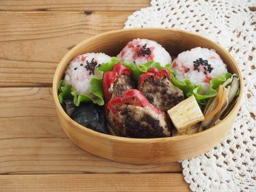 赤ピーマンの肉詰め弁当_c0270834_19245661.jpg