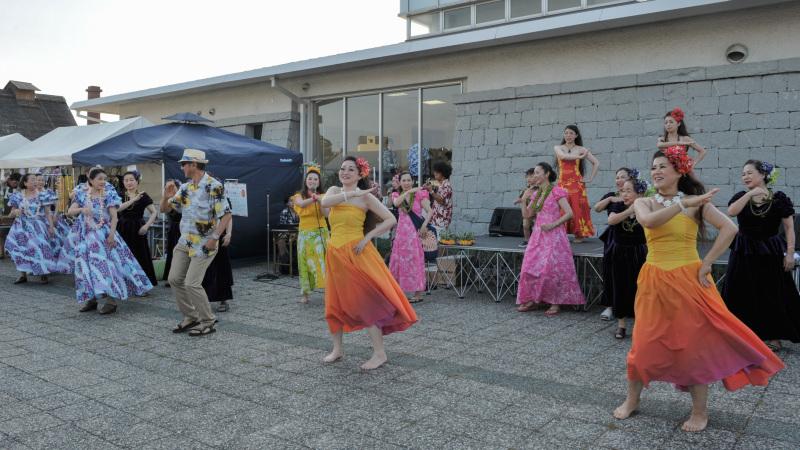 UTAZU ALOHA NIGHT 2017 フラダンス体験コーナー ②_d0246136_21152449.jpg