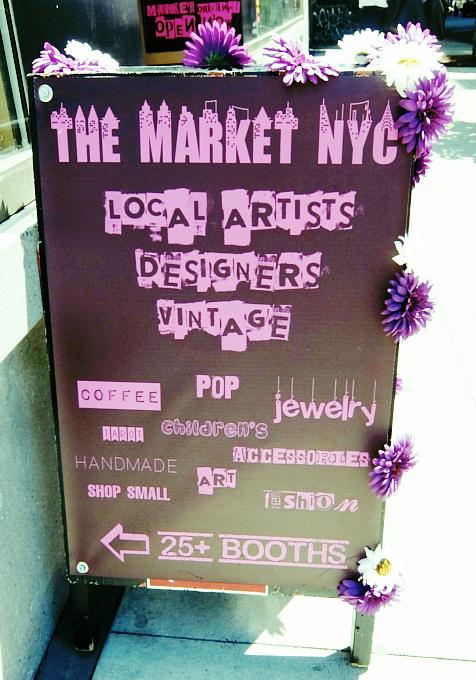 若手デザイナー&アーティスト達のマーケット The Market NYC_b0007805_0154584.jpg