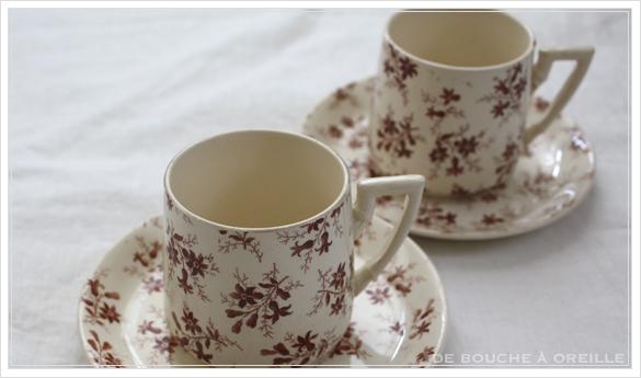tasse et soucoupe anncienne サルグミンヌのカップ&ソーサー Sarreguemines フランスアンティーク その2_d0184921_15521042.jpg