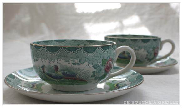 tasse et soucoupe anncienne サルグミンヌのカップ&ソーサー Sarreguemines フランスアンティーク その3_d0184921_16480301.jpg