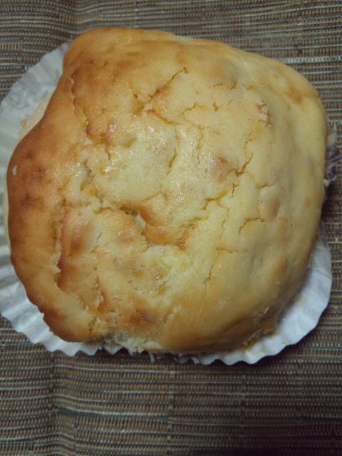 roll マンゴーチーズケーキ(もっちり)_f0076001_22433971.jpg