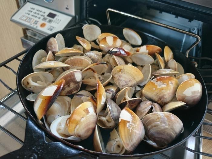 ガスコンで国産ハマグリの簡単グリルのレシピ~九十九里浜ではハマグリが大漁らしい。_b0221506_07502651.jpg
