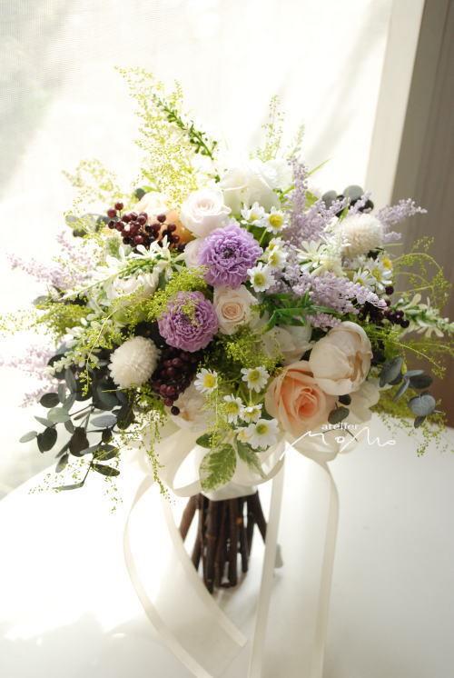 小花をあつめたナチュラルクラッチブーケ!_a0136507_21290894.jpg