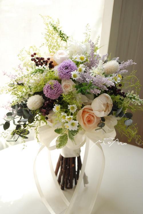 小花をあつめたナチュラルクラッチブーケ!_a0136507_21293028.jpg