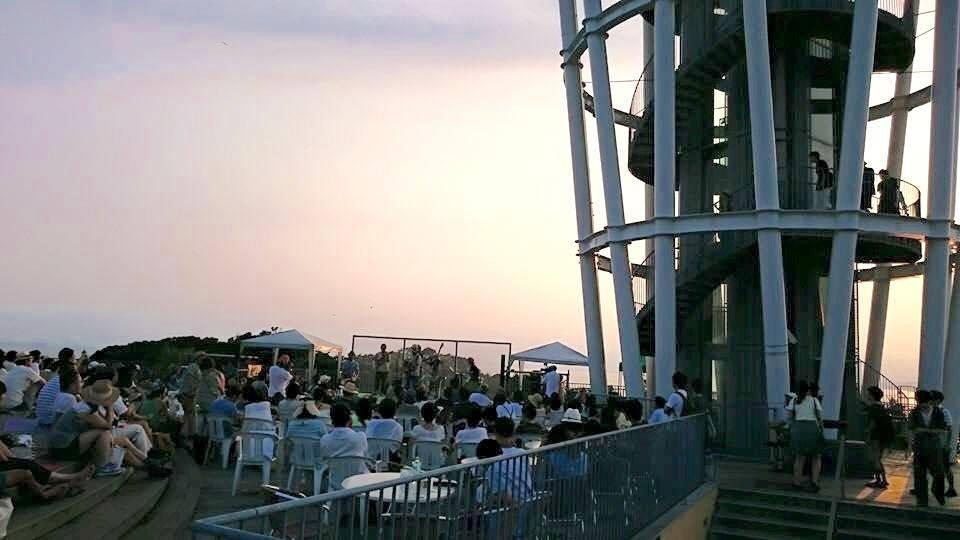 追加更新◉8・13(日)16:00-19:00【夕陽と海の音楽会】Brisa Tropical〜熱帯のそよ風♬_b0032617_1403054.jpg