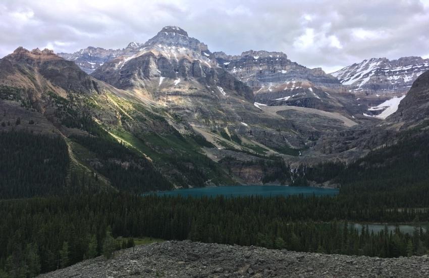 大自然の中で静かに佇むレイクマッカーサー - レイクオハラハイキング日帰りハイキング_d0112928_08533808.jpg