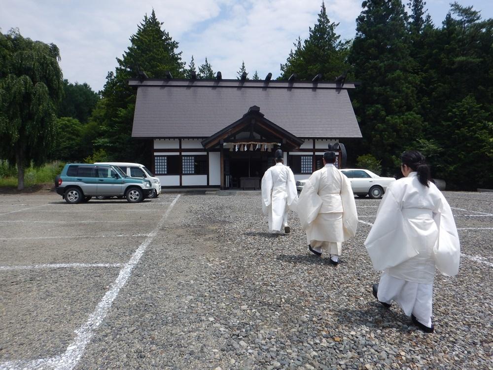 飛び地境内神社顕功神社例祭_c0111229_19162378.jpg