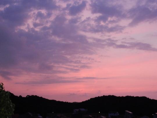 '17,7,20(木)あかね雲とコンポスト作り!_f0060461_10402747.jpg