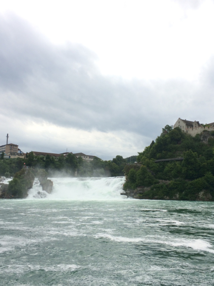 ラインの滝→ボーデン湖_a0167003_04272964.jpg