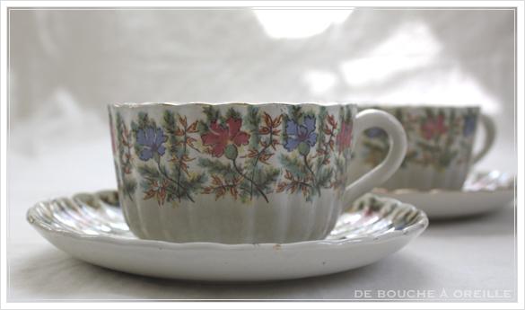tasse et soucoupe anncienne サルグミンヌのカップ&ソーサー Sarreguemines フランスアンティーク その4_d0184921_16551214.jpg