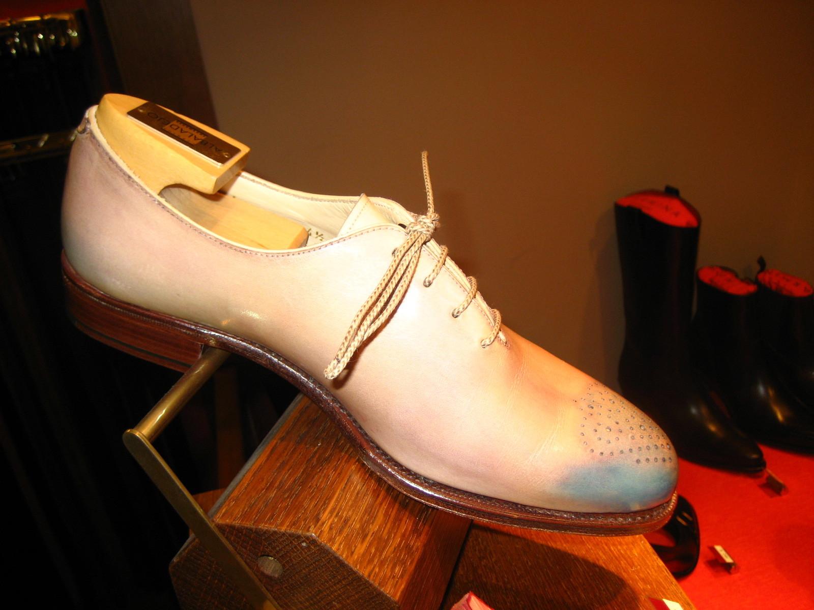 コラム『私と世界の靴vol.18~カルミナ・ミゲール編』_b0365069_17504330.jpg