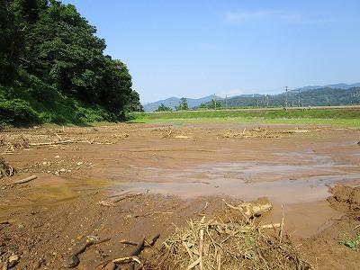 黒沢土砂流出で新町浸水_f0019487_16301417.jpg