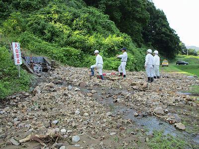 黒沢土砂流出で新町浸水_f0019487_1630434.jpg