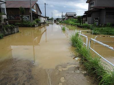 黒沢土砂流出で新町浸水_f0019487_1651499.jpg
