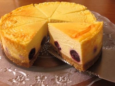 久しぶりのベイクドチーズケーキ♪_f0231189_22224551.jpg