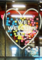 DUMBOの「エンパイア・ストアーズ」Empire Stores内部_b0007805_7522747.jpg