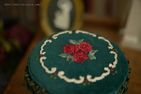 『花刺繍のジュエリーボックス 』favori4号掲載作品_a0157409_10100842.jpg