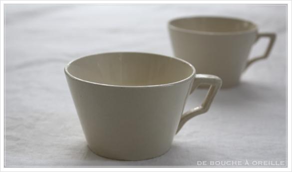 petite tasse ancienne 2種類の小さなカップ フランスアンティーク Digoin&Sarreguemines, Niderviller_d0184921_15361203.jpg