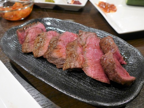 沖縄・安里「肉山 那覇」へ行く。_f0232060_1940475.jpg