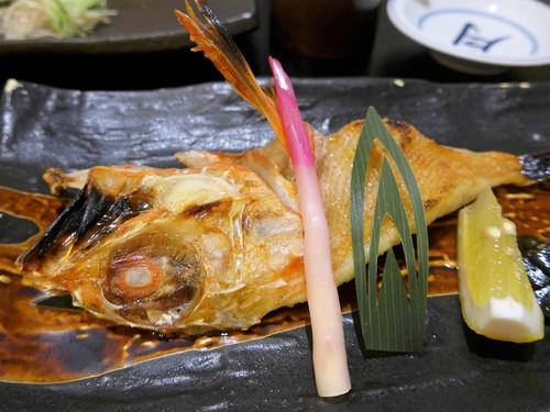 沖縄・県庁前「かわじ 本店」へ行く。_f0232060_208719.jpg