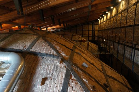 フィレンツェの歴史的建造物の保存〜サンタマリアノヴェッラ薬局の場合_f0106597_06494203.jpg