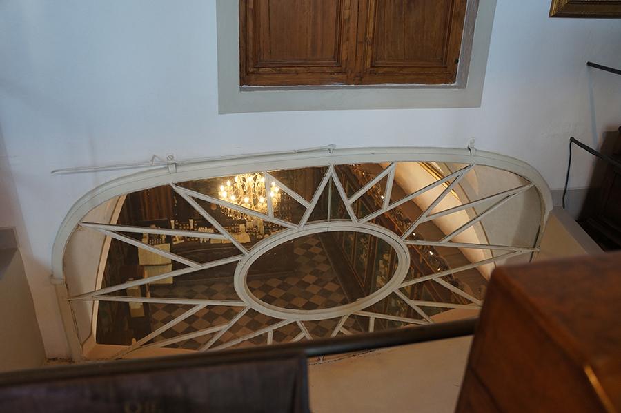 フィレンツェの歴史的建造物の保存〜サンタマリアノヴェッラ薬局の場合_f0106597_06532904.jpg