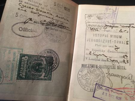 大日本帝国外国旅券・海軍主計少佐公用パスポート_a0154482_14243360.jpg