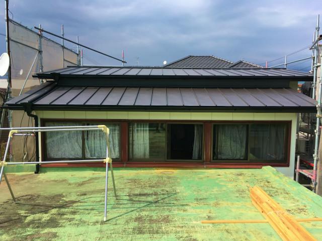 半田山 Yさんの家 屋根改修工事・水廻りのリフォーム ★板金工事_d0205883_16221495.jpg