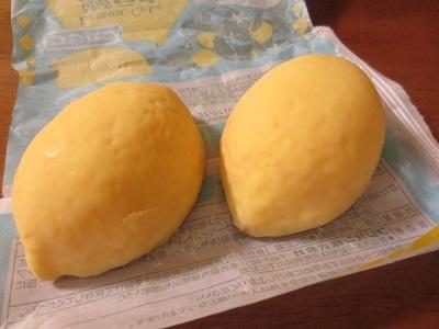 セブンイレブンのフルーツアイス3種とレモンケーキ♪_f0231189_17464321.jpg