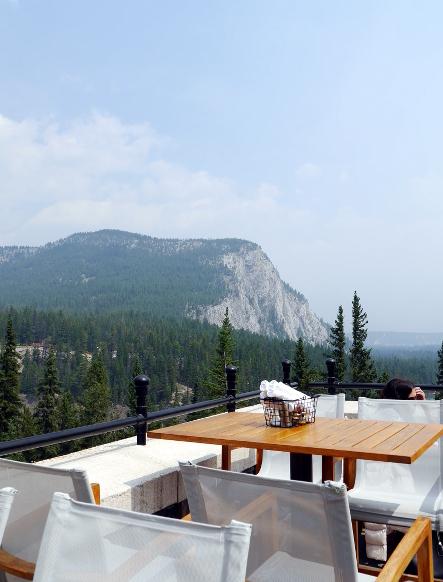 THE LOOKOUT PATIO @Banffのおいしい絶景_b0118001_13393728.jpg