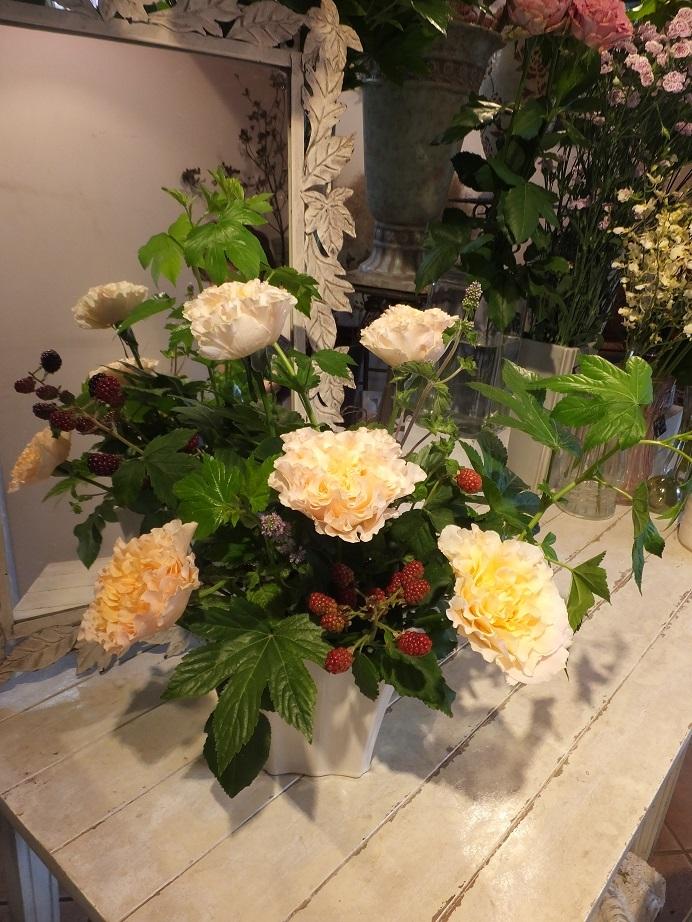 オークリーフ花の教室(小川さんの作品)_f0049672_16225515.jpg